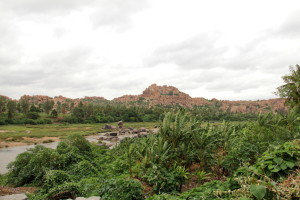 bouldery_ruins_of_hampi_dissected_by_the_tungabhadra_river (1)